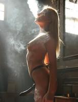 dominatrice fume