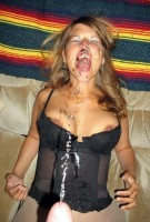 milf taking mouth pee